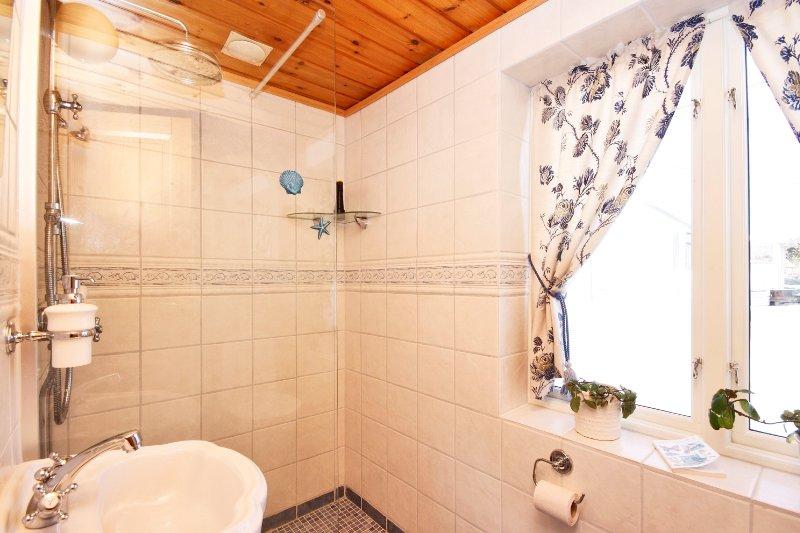 Schwedenhaus badezimmer  Bilder innen | Schweden Immobilien Online