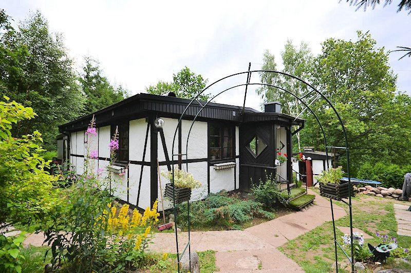bilder aussen innen schweden immobilien online. Black Bedroom Furniture Sets. Home Design Ideas