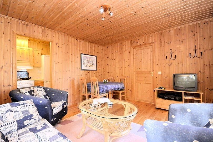 bilder haus 2 innen schweden immobilien online. Black Bedroom Furniture Sets. Home Design Ideas