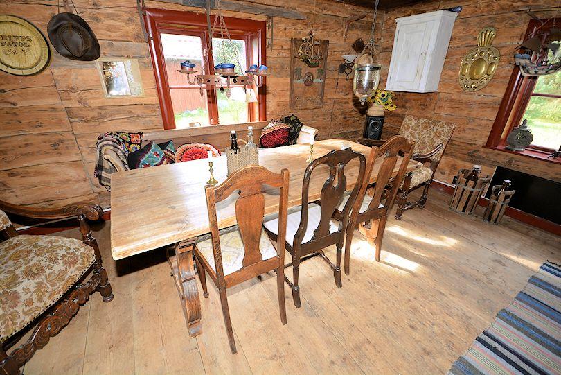 bilder altes haus aussen innen schweden immobilien. Black Bedroom Furniture Sets. Home Design Ideas