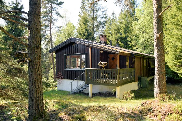 Skandinavisches haus am see  Haus am See / Seenähe | Schweden Immobilien Online