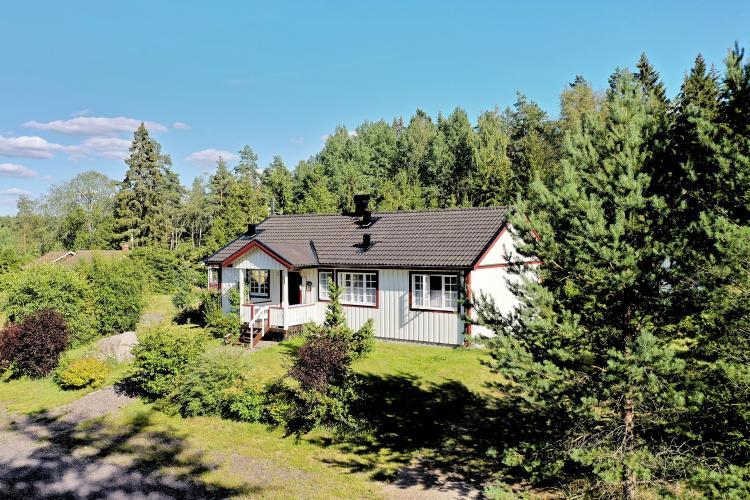 Haus am See / Seenähe   Schweden Immobilien Online